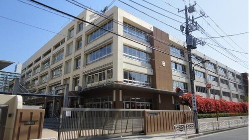 江東区立深川第三中学校まで1400m。江東区立深川第三中学校は、東京都江東区越中島に所在する区立中学校。