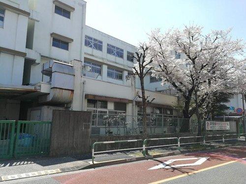 北区立堀船小学校まで435m 東京都北区堀船2丁目に所在、最寄り駅は梶原駅