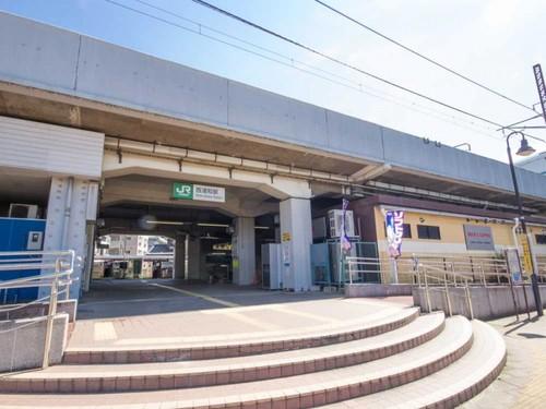 駅(800m)