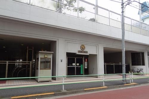 港区立赤坂小学校まで600m 東京都港区赤坂八丁目にある公立小学校。付近には港区立赤坂中学校と港区立中之町幼稚園があります。
