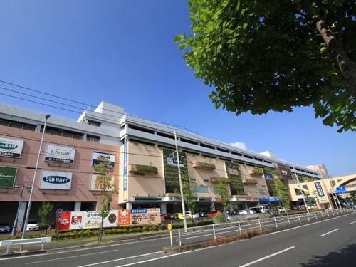 ショッピングセンター(500m)