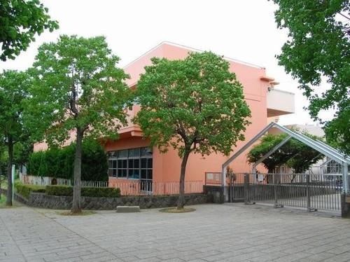 小学校(350m)