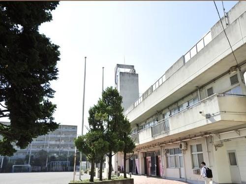 小学校(120m)
