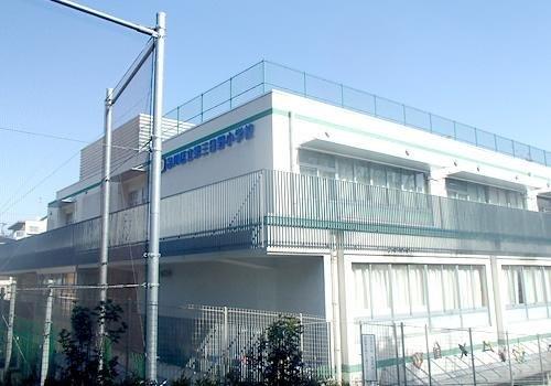 品川区立第三日野小学校まで1040m 東京都品川区上大崎の公立小学校。大正11年4月開校。