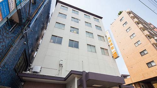 本田病院まで350m。近くに病院があると、万が一の事態にも備えられます。