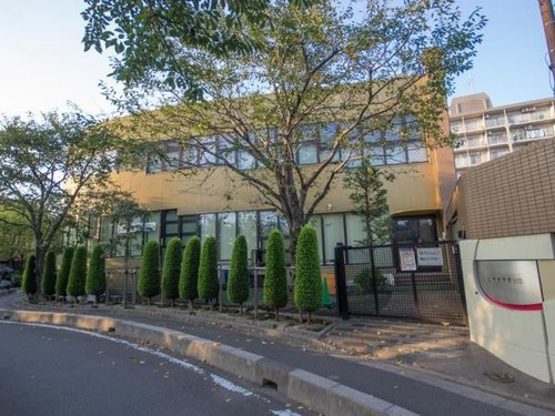 幼稚園・保育園(1700m)