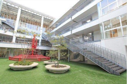 江東区立有明小学校まで270m 教育目標:・学び続ける人 ・心豊かで、思いやりの有る人 ・明るく、健やかな人
