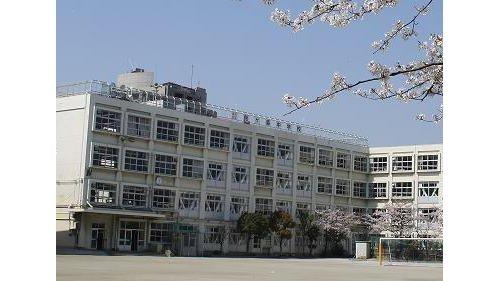 鈴ヶ森中学校まで800m 〇自ら学び表現できる人〇思いやりのある行動ができる人