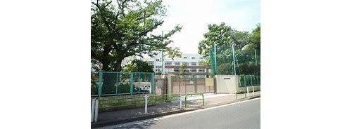 大田区立入新井第一小学校まで150m 国語を切り口に「読みを深める子ども」の育成を目指しています
