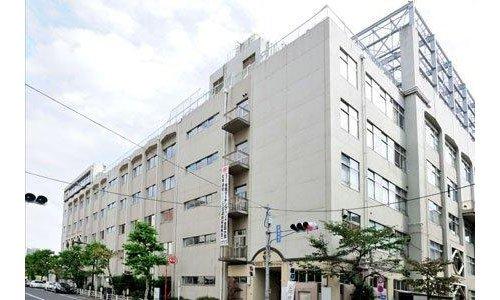 中央区立日本橋中学校まで1840m 生徒一人一人を大切にした学習指導で学びの質を保障し、確かな学力の向上を図る。