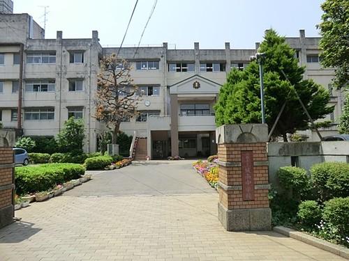 中学校(1620m)