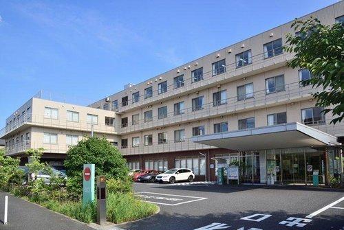 牧田総合病院まで1200m。本院は「脳卒中センター」や「消化器病センター」などを有する急性期医療を看護基準7:1で受け持ち、平成26年5月より30床の「地域包括ケア病棟」を有しております。