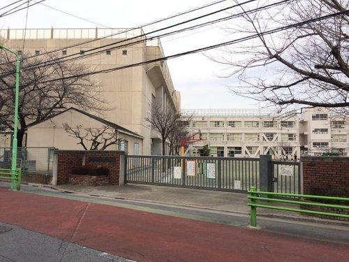 世田谷区立玉堤小学校まで498m。笑顔いっぱい 夢いっぱい なかよく学ぶ 楽しい学校。