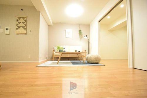 ◆ロイヤルハイツ新宿御苑◆(213)の物件画像