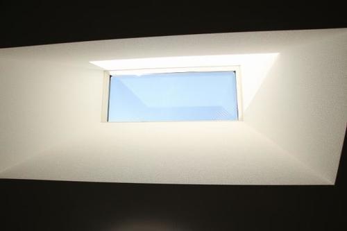 築2年の築浅物件、屋上ルーフバルコニーのある家の物件画像
