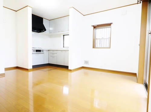 (本日見学OK) 西水元のお家をキレイにリフォームの画像