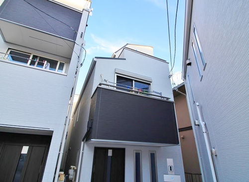 築浅戸建てが立ち並ぶ素敵な分譲地 in 小菅の画像