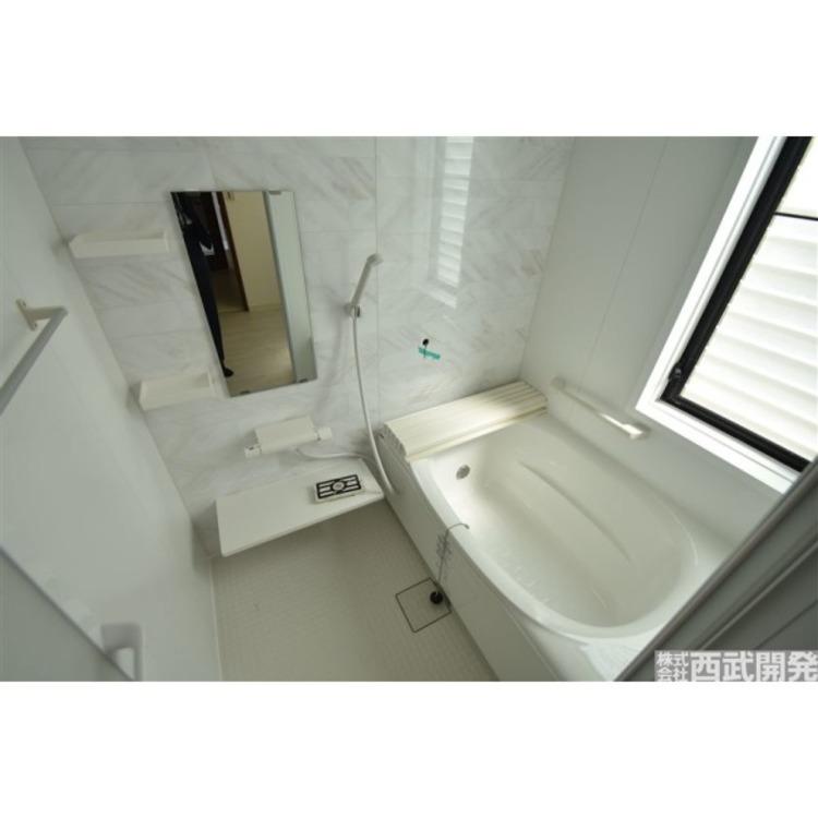 もちろんお風呂も新規交換しました!清潔感がありますね!1
