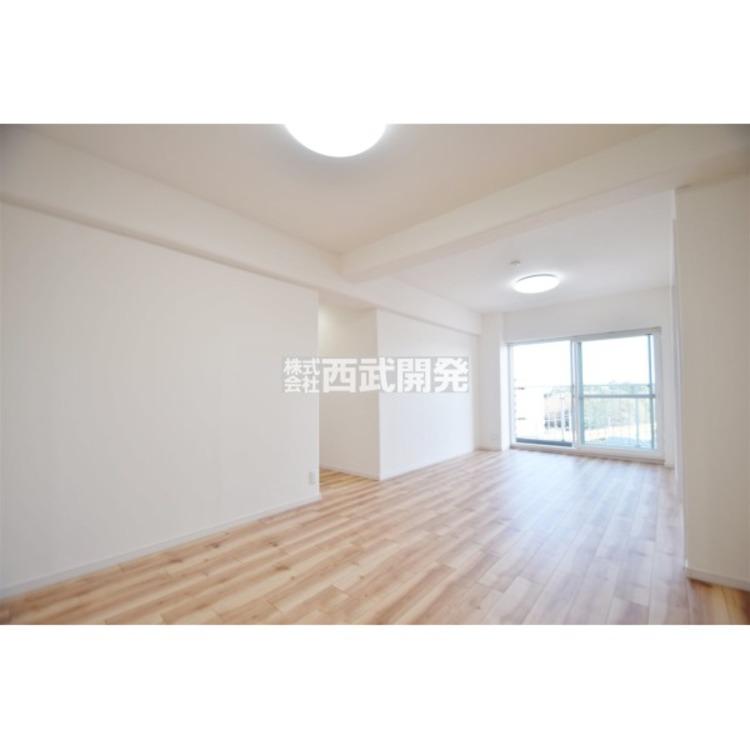 家具の配置がしやすい広さのリビングです。