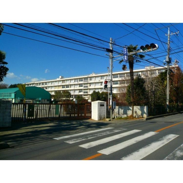 山口小学校(約680m)