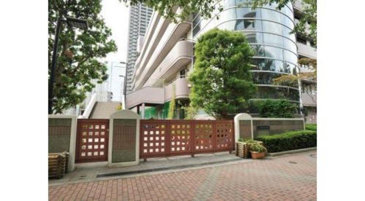 中央区立晴海中学校まで350m。東京都中央区晴海にある公立中学校。愛称は「はるちゅう」。