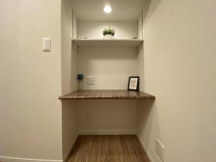 住まう方自身でカスタマイズして頂けるようにシンプルにデザインされた室内。自由度が高いので家具やレイアウトでお好みの空間を創り上げられます。