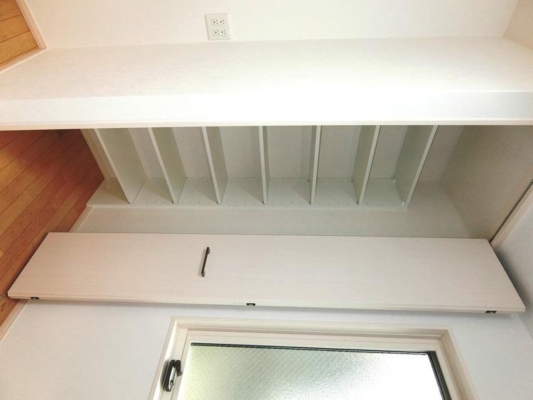キッチンにある収納はパントリーとして活用できますね。