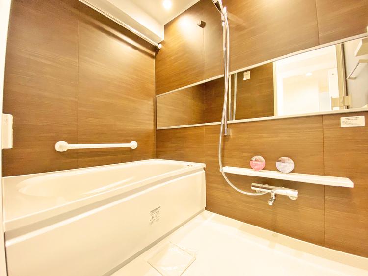 浴室乾燥機を完備しているので雨天時や花粉の季節でも安心です