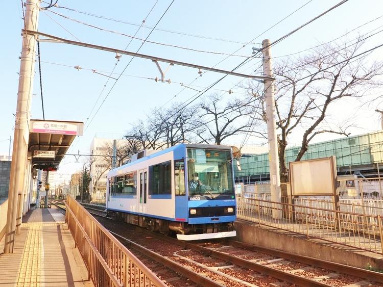 都営荒川線「三ノ輪駅」:240m
