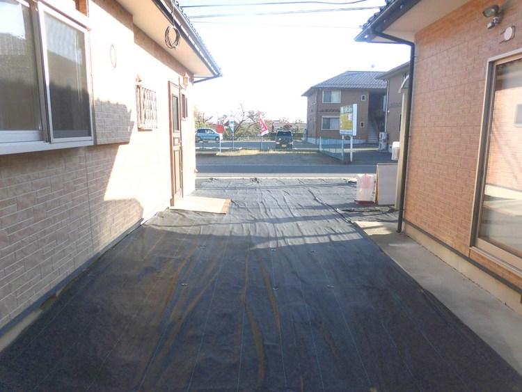 前面道路は約6mあり、開放感がございます。