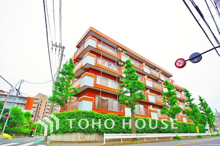 東南角部屋で通風・陽当り良好マンション〜
