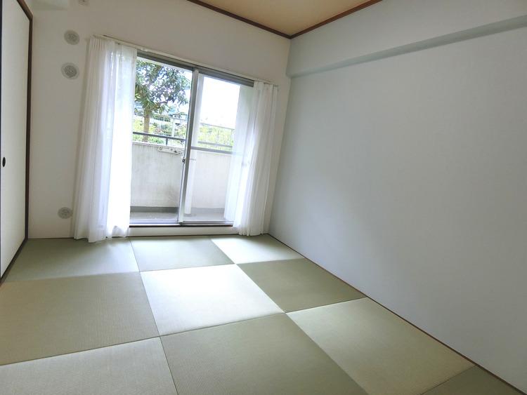 約6帖の和室です。和室が1部屋あると落ち着きますね。