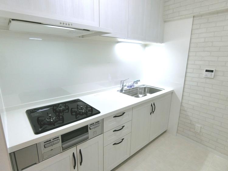使いやすいシステムキッチンで、毎日のお料理が楽しくなりますね。