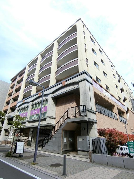 7階建て3階、3LDKのお部屋です。