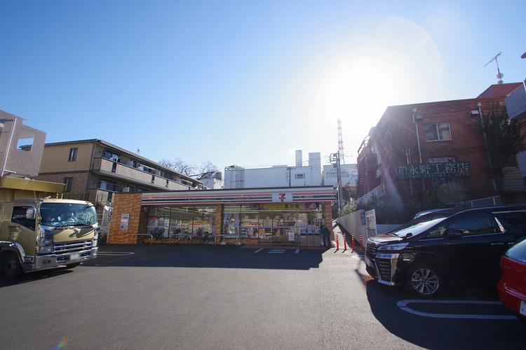 セブンイレブン 横浜梅ヶ丘店 距離650m