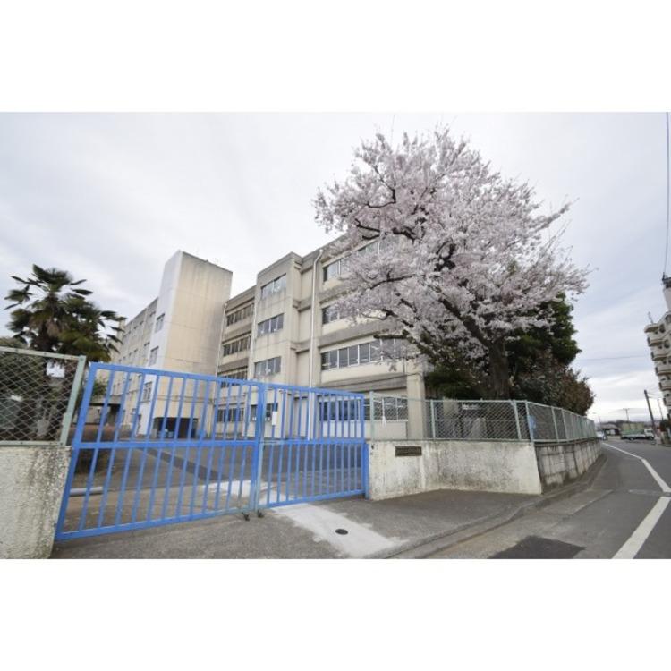 上砂小学校(約800m)