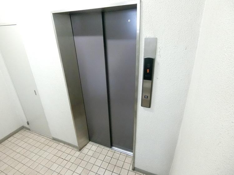 エレベーターがございます。