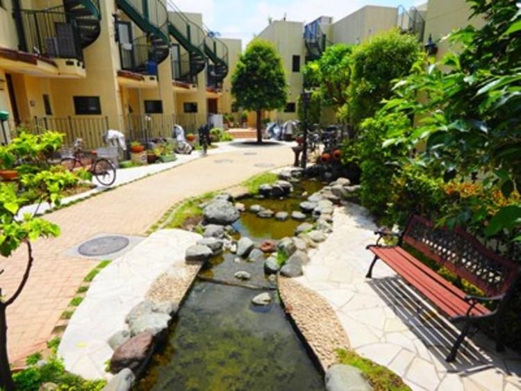 手入れの行き届いたマンションは、住み心地も良く、資産価値も維持されます。