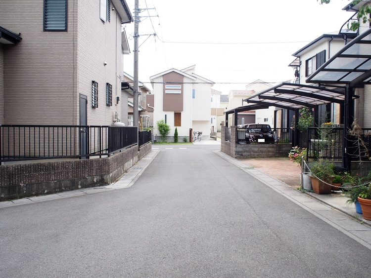 東武鉄道野田線「岩槻」駅徒歩圏内の立地です。