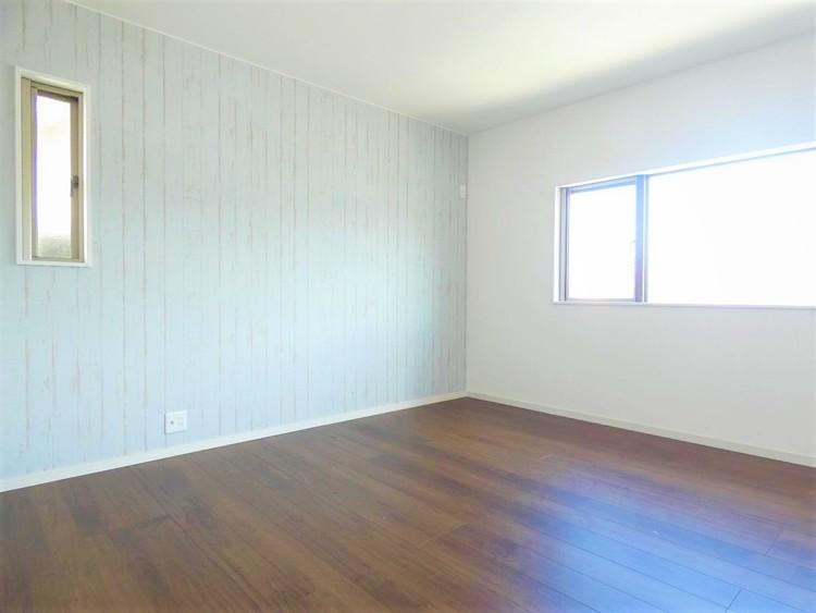 リフォーム済みで、室内きれいです。