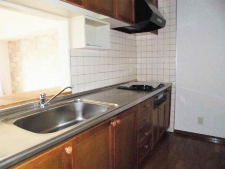 ●ゆとりあるキッチンは動線もスムーズですね!