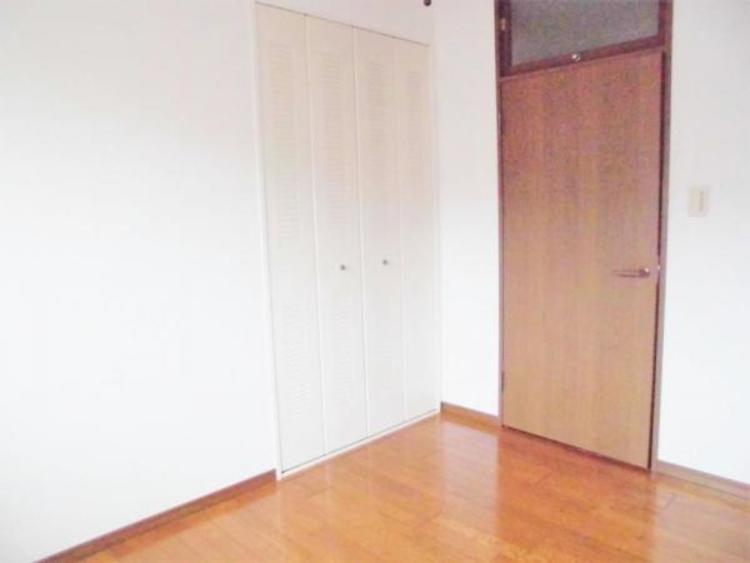 ●便利な各居室収納で増えていく荷物もスッキリ片付きます!
