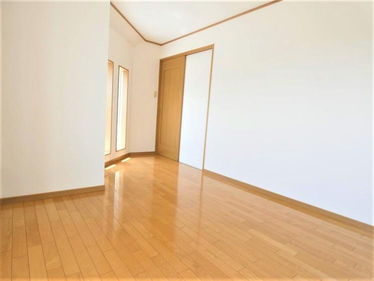 約7帖の洋室です。