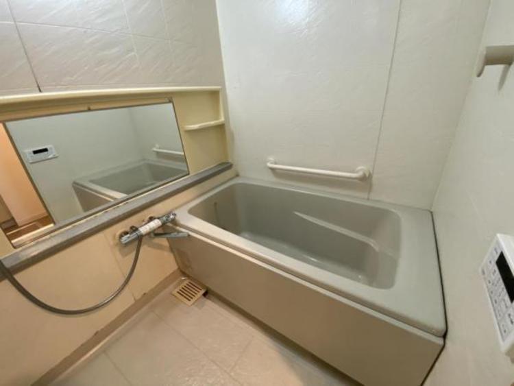 バスルーム(改修中) 浴室乾燥機能付き