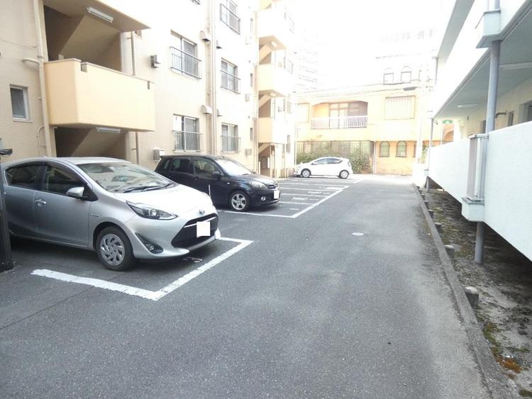 駐車場空状況はお問い合わせ下さい。
