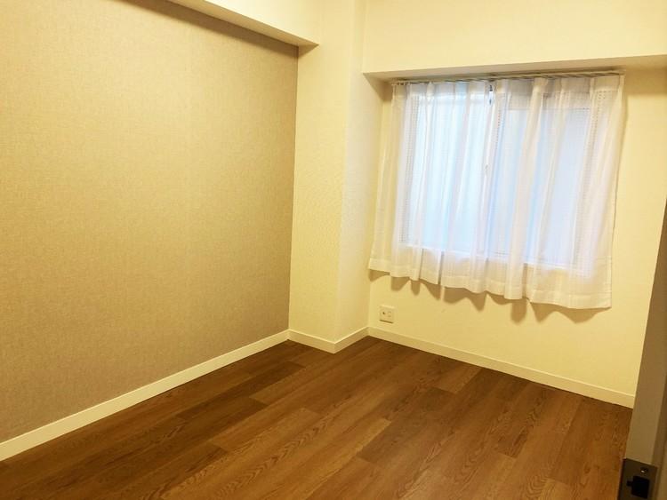 約5帖の納戸は寝室や書斎など多様な使い方が可能です。