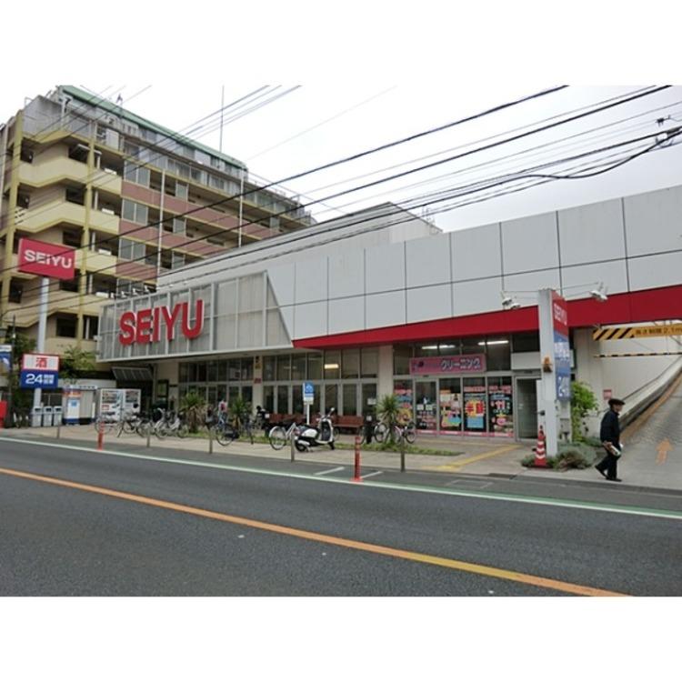 西友西所沢店(約790m)