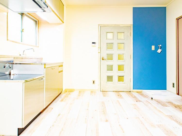 9帖のリビングは形がきれいな長方形なので家具の置き方にバリエーションが広がります。