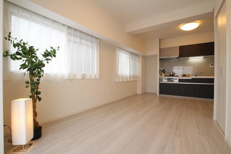 内装工事が完了し、お部屋も水回りも綺麗になりました