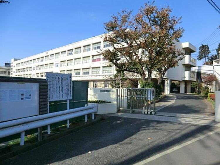 横浜市立篠原中学校 1276m